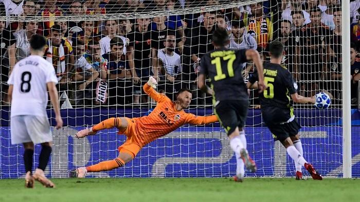 Прогноз на матч Ювентус - Валенсия